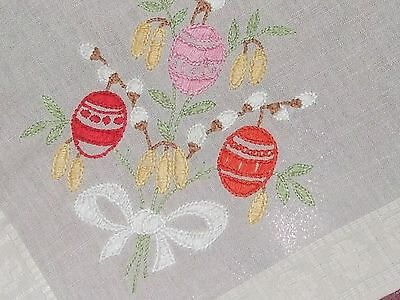 Beautiful Vintage Hand-Embroidered cotton tablecloth