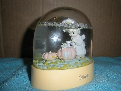 Precious Moments Waterball Snow Dome October 1988 Girl & Pumpkins