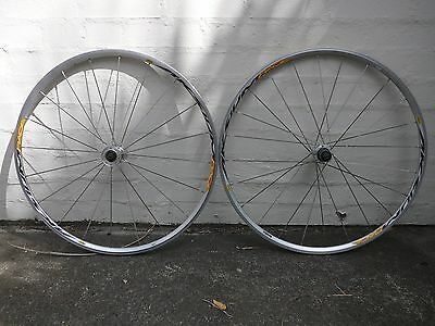 Mavic Aksium Race wheelset - road bike wheels - shimano 8, 9 , 10 spd compatable