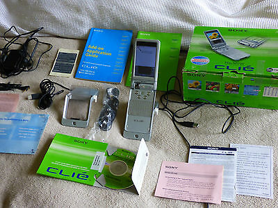Sony Clie PEG-NR70V PDA COMPLETE IN BOX with all accessories WORKS PERFECT RARE!
