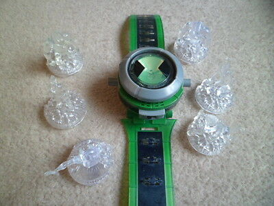 Ben 10 Watch Ultimate 2008 COME WITH 6 FIGURES