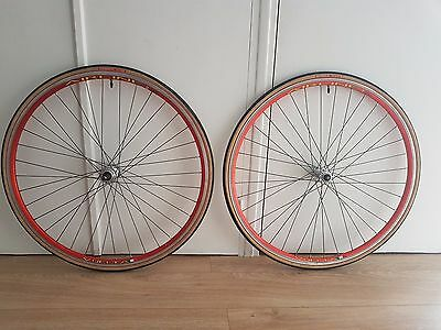 Roues VUELTA AIRLINE 2 pour pneu wheelset clincher 700 fixie track single speed