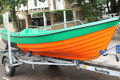 NEW Fishing classic rowing motor boat 13ft & Used Trailer