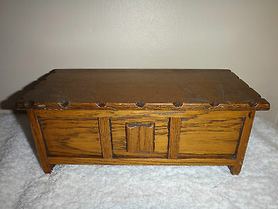 Wooden Coffer Music Box Tallent of Old Bond Street London Made in England