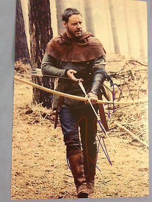 "Russell Crowe original autograph (In Person) Gladiator, Robin Hood 12""x 8"""