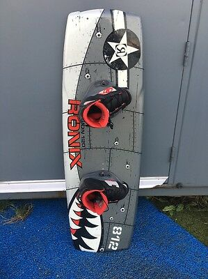 Ronix Junior Wakeboard Vision 120 W/ Boots UK1.5-5.5