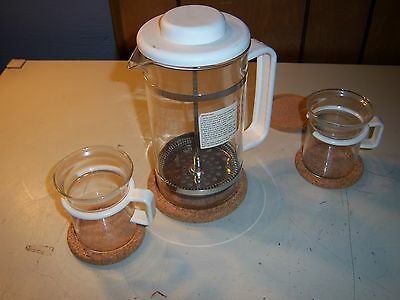 Bodum Coffee Press 4 Cup with 2 Glass Cups