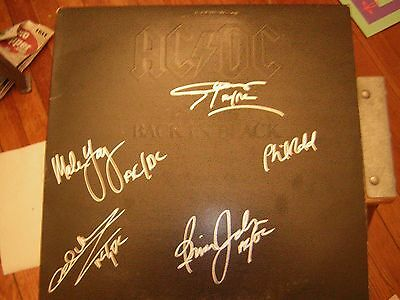 - Ac/dc Signed Lp Back In Black Ludwig  Malcom Young X5