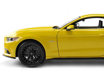2015 FORD Mustang GT Coupe 1:18 Scale Diecast Model