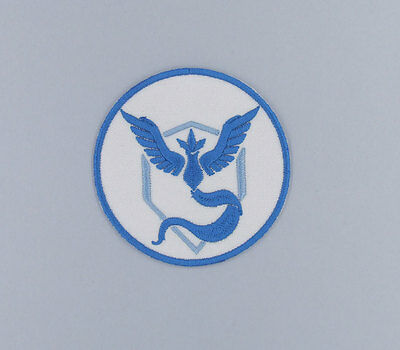 "PATCH TOPPA ""POKEMON TEAM MYSTIC "" RICAMATA DIAMETRO cm 7 TERMOADESIVA"