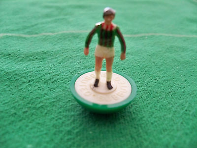 Subbuteo Spare Player Lw Ref N.299 Fluminense Bra In Great Conditions White Skin