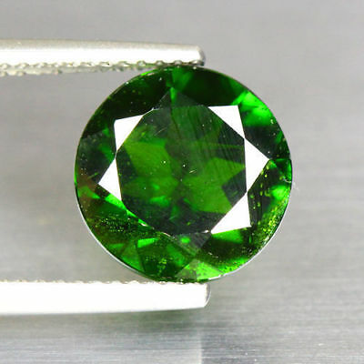 4.14 Cts_Glittering Top Fire_100 % Natural Vivid Green Chrome Diopside_Russia