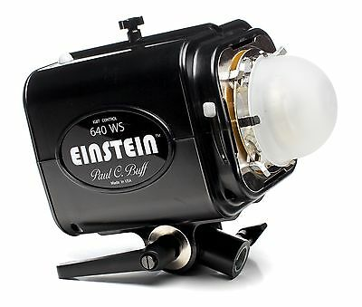Paul C Buff Einstein E640 Flash Unit