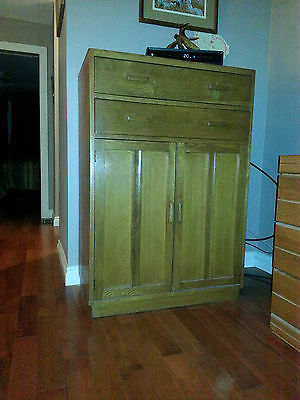 A Beautiful Antique Armoire 2 doors / 2 drawers - Premium condition