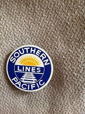 """southern pacific lines magnet -  vintage.   3"""" round."""