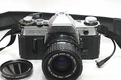 Canon AE-1 film Camera w/ FD 35-70mm Zoom lens *Excellent*
