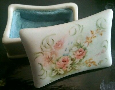 Vtg Poss Antique Small Hand Painted Porcelain Trinket Box Signed Everley