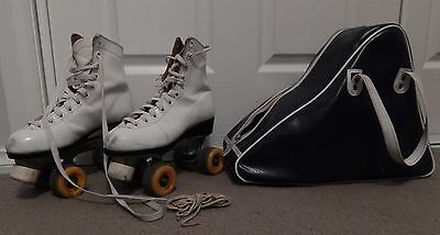 Collector's Vintage roller skates, women's size 7-8. With original bag and laces