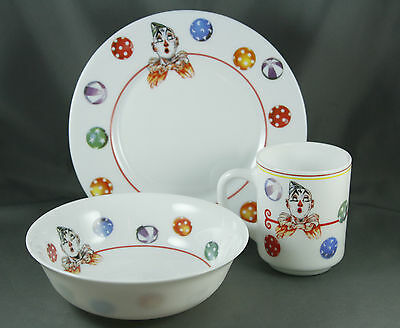 "Vtg Arcopal Milk Glass Clown Setting Mug 8 Oz Bowl 6 1/4"" Plate 7 3/4"" France"