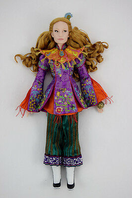 Disney store Alice through the looking glass limited edition doll new 1/4000