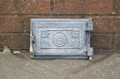 22 x 15 cm old cast iron fire bread oven door/doors /flue/clay/range/pizza