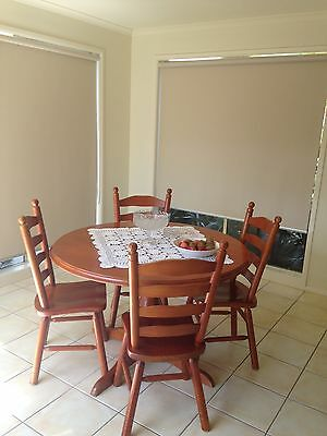 4 Seater Extendable Solid Pine Dining Table
