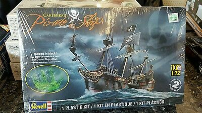 Revell 1:72 Caribbean Pirate Ship 2011 SEALED