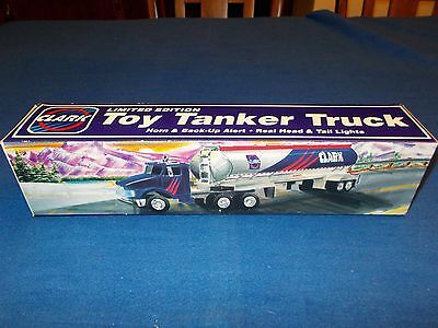 1995 Clark Limited Edition Toy Tanker Truck Real Head And Tail Lights