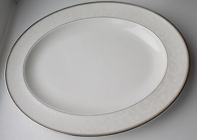 """Royal Doulton Anthea Oval 13.5"""" Platter - New, Made in England"""