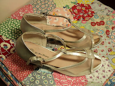 vintage ballroom lindyhop dance shoes silver  9 1940s style