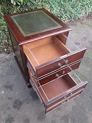 Georgian / Regency Style Mahogany 2 Two Drawer Filing Cabinet With Green Leather