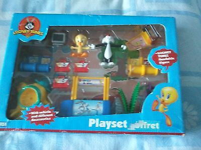 looney tunes playset tweety pie & and sylvester figures vehicle accessories