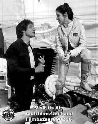 "CARRIE FISHER - HARRISON FORD - STAR WARS - 10"" x 8"" B/W Photograph #4172"