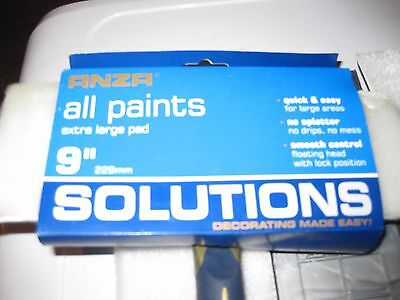 "Anza Solutions 9"" Paint Pad handle & spare pads"