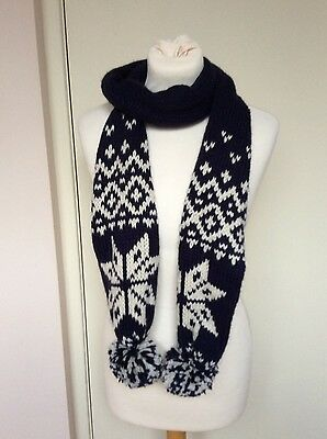 Ladies M & S Navy & White Scarf and Mittens Set