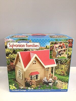 Sylvanian Families British (Calico Critters US) Orchard Cottage With Box