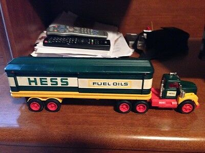 Vintage 1976 Hess Truck Excellent Condition