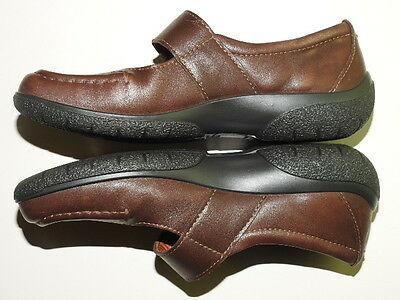 PAIR OF  LADIES 100% LEATHER COMFORT CONCEPT SHOES BY HOTTER UK SIZE: 4 std