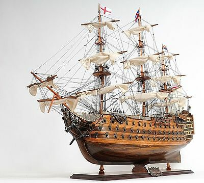 HMS Victory Model Ship Mid Size EE T033