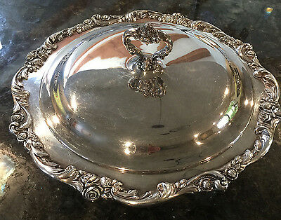 Lunt Eloquence Silverplated Server with Glass Insert