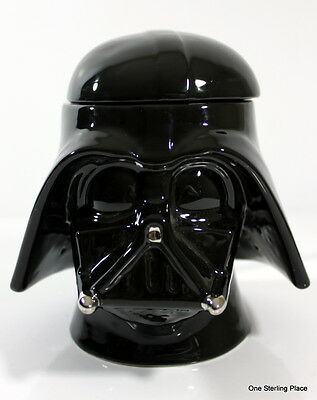 STARWARS Darth Vader Molded Stein / Coffee Cup with Lid 2005 Collectors Item