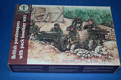 Waterloo 1815 AP036 - British Paratroopers with Pack Howitzer  WWII  Scala 1/72