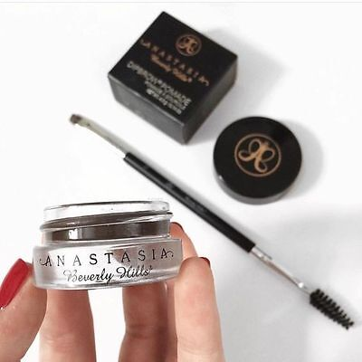 Anastasia Beverly Hills Dipbrow Pomade Eyebrow Definer + Free Duo Brush #12