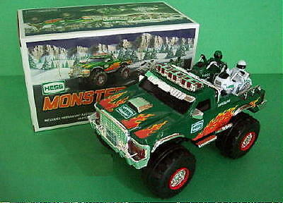 2007 Hess Monster Truck with Motorcycles  Mint in Mint Box