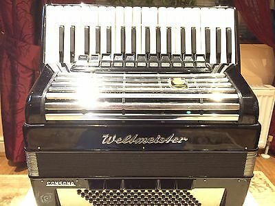 Weltmeister Consona, 96 Bass, 11Registers, German Piano Accordion,