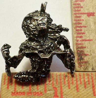 Vintage Iron Maiden pin collectible old heavy metal rock band music memorabilia