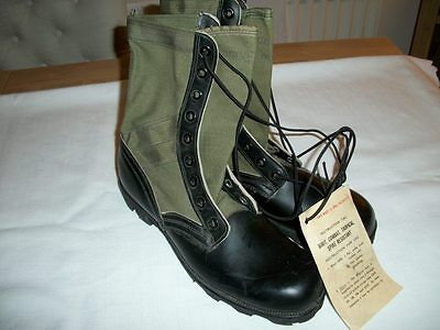 Pair of Genuine Vietnam US Spike Resistant Boots - US Size 10 XN - MINT