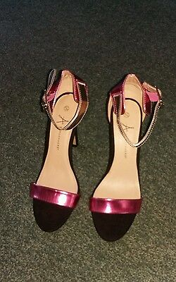 ladies shoes NEW size 6