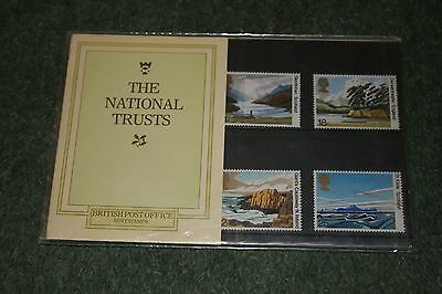 Royal Mail Presentation Pack 127 'The National Trusts' 1981 MNH