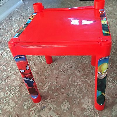 Super Hero Drawing Table